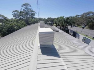 How to save money on roof inspections with an aerial survey service by Realserve-12